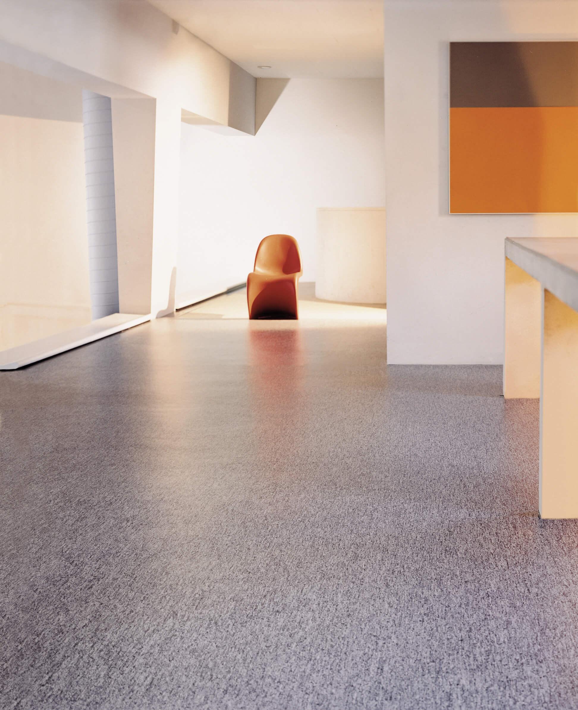 linoleum der bodenklassiker adler wohndesign. Black Bedroom Furniture Sets. Home Design Ideas