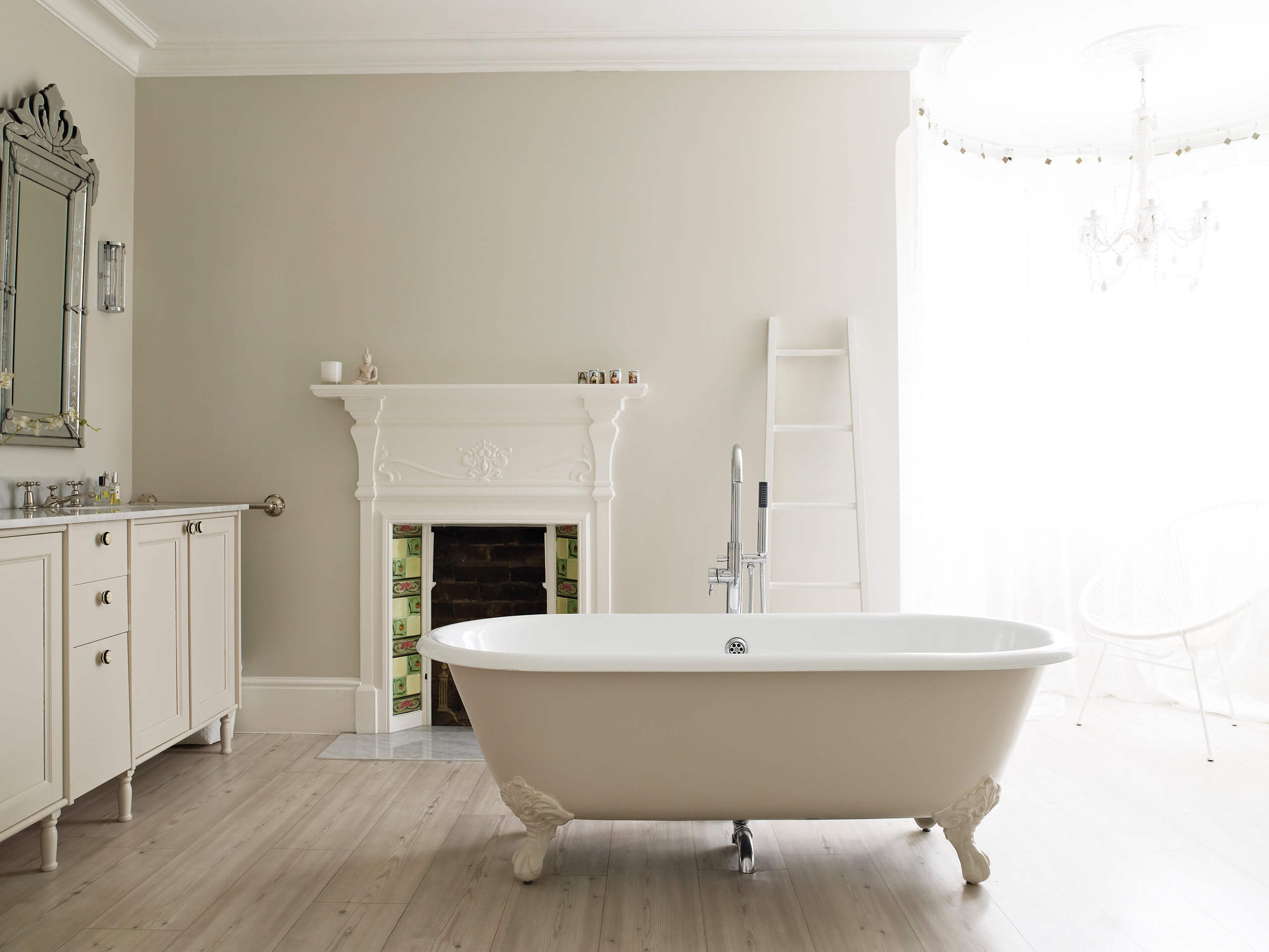 moderne neutralt ne von farrow ball adler wohndesign. Black Bedroom Furniture Sets. Home Design Ideas